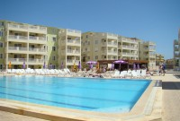 Marina Resale Poolside Apartment, Property for sale in Altinkum